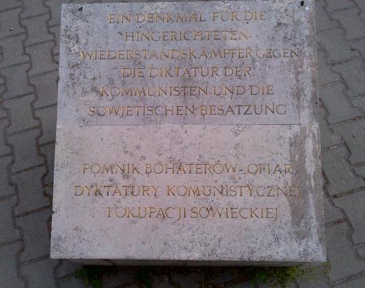 pomnik ofiar komunizmu w Budapeszcie